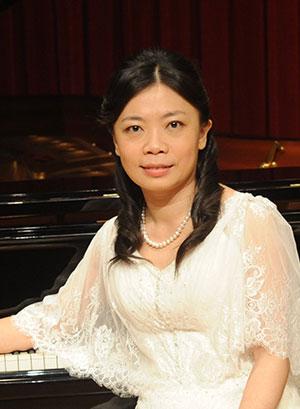 教授干女研究生15_女,音乐学院音乐表演系钢琴教授,硕士生导师,硕士学位.