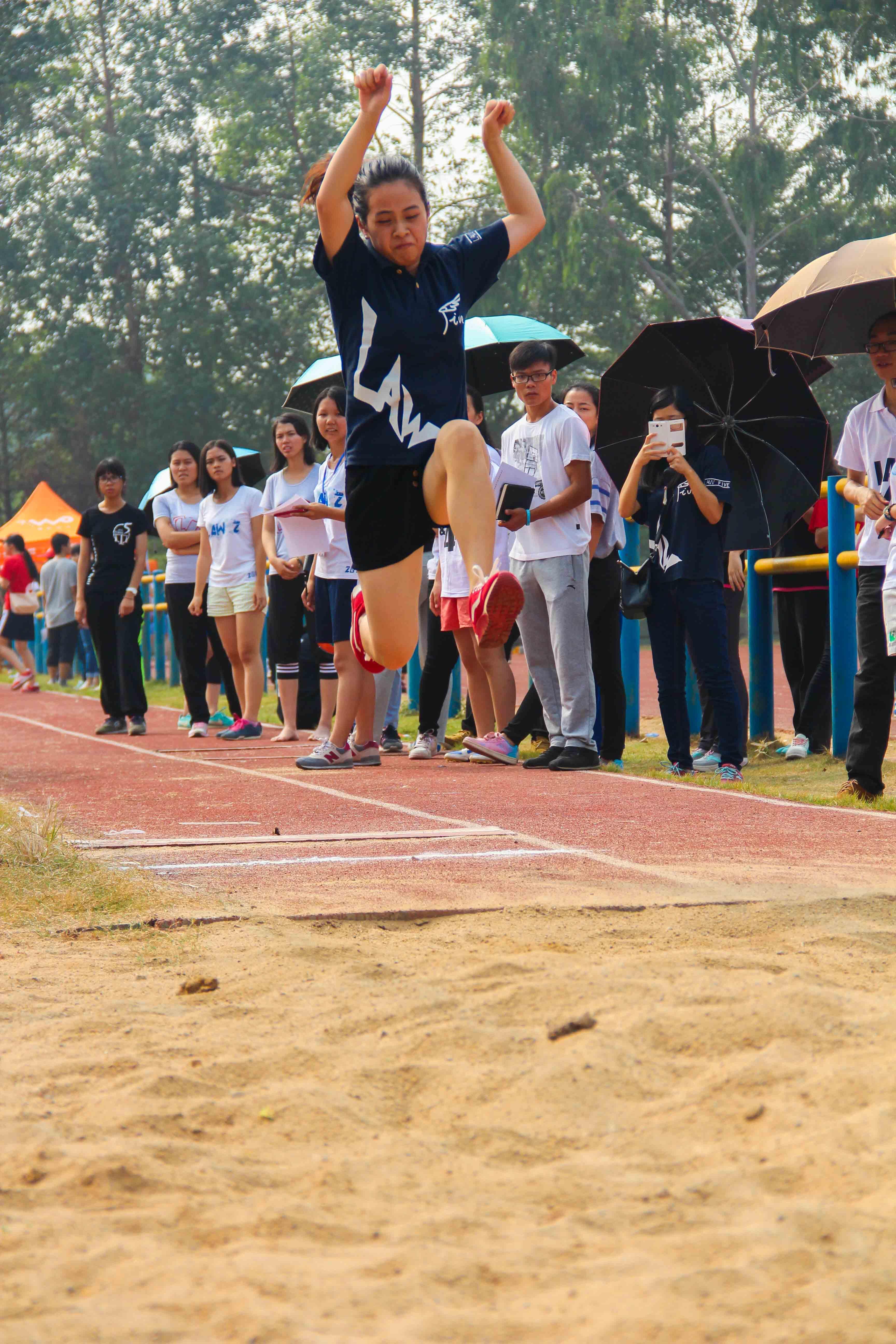 学院第十届运动会——比赛现场2.JPG