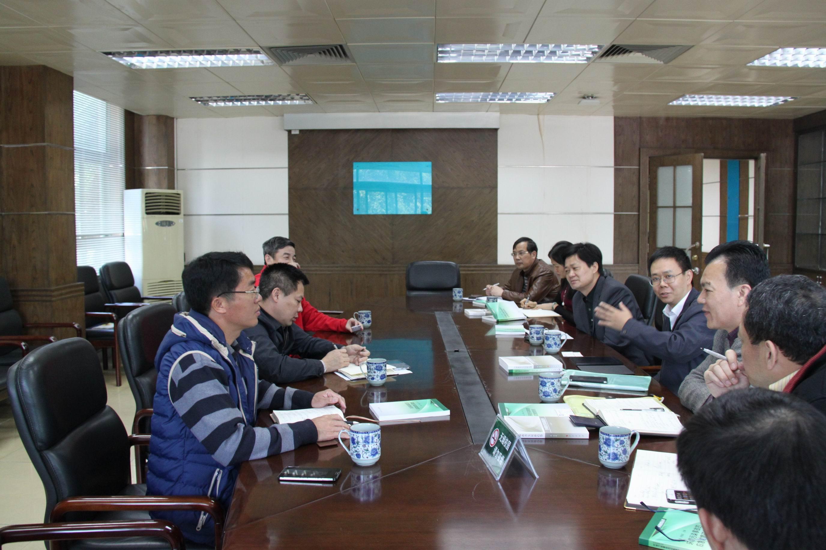 南海校区与南海区政府开展合作共建洽谈