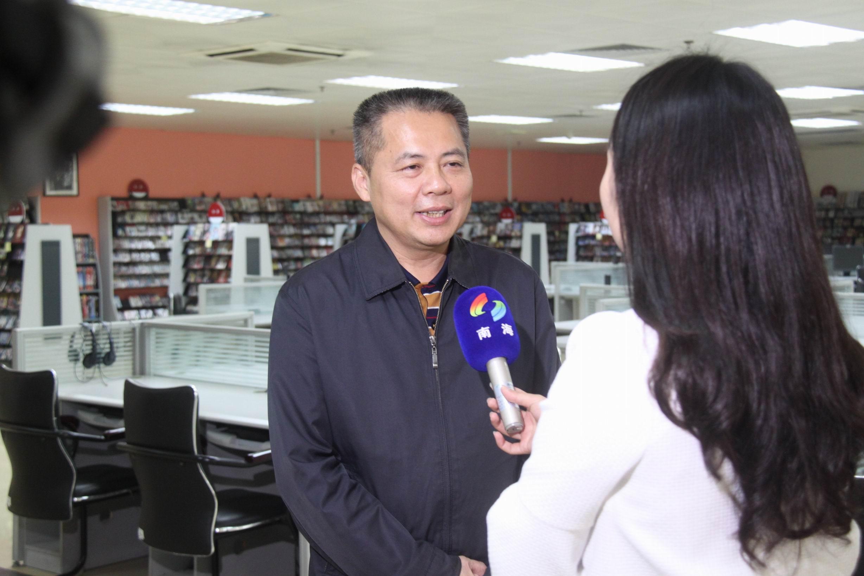 华南师范大学吴坚副校长接受媒体记者采访02.jpg