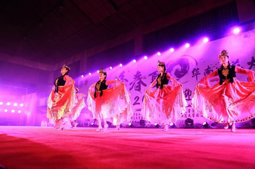 石牌新疆舞团《异域春风》06.jpg