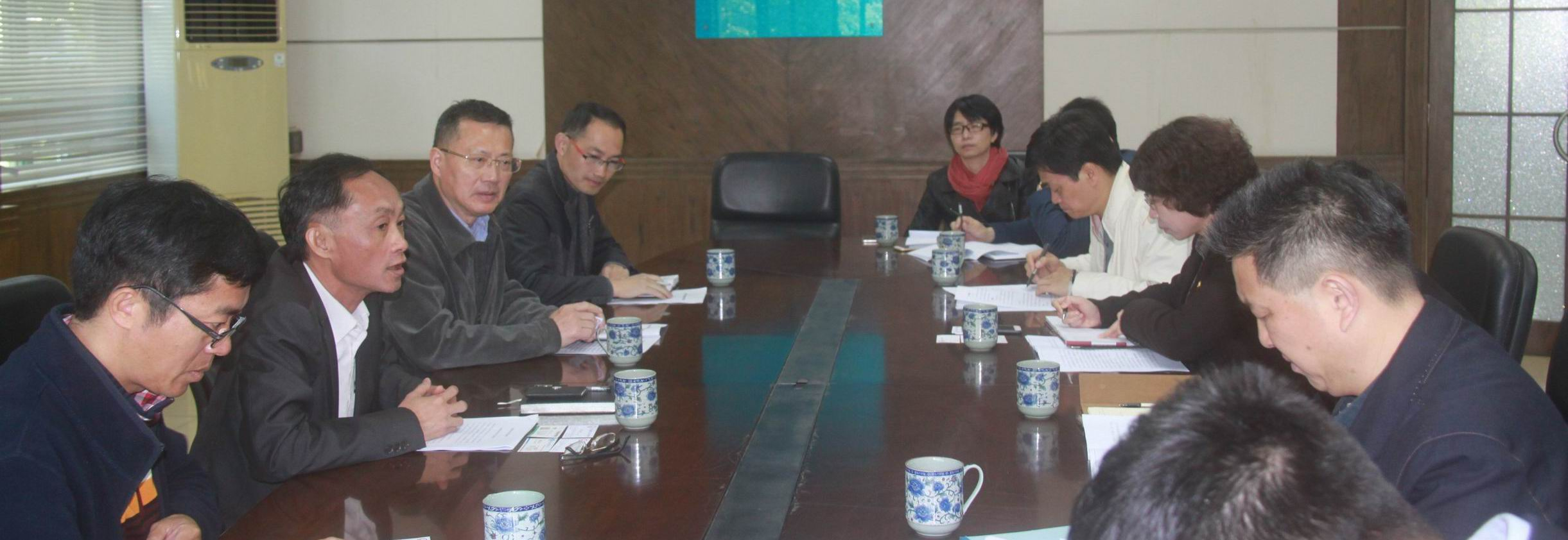 佛山市副市长俞进一行到南海校区考察指导10.jpg