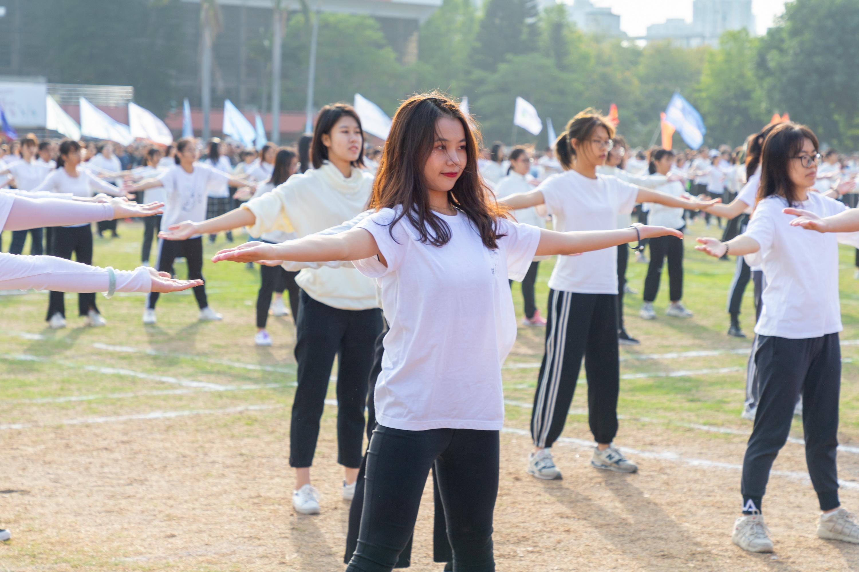1127校運會開幕式 團體操特寫4(攝影記者:李翔)_調整大小.jpg