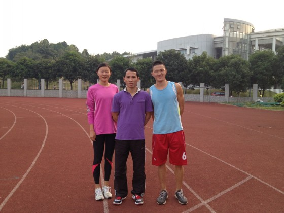 我院学生参加广州首届国际马拉松比赛获得佳绩