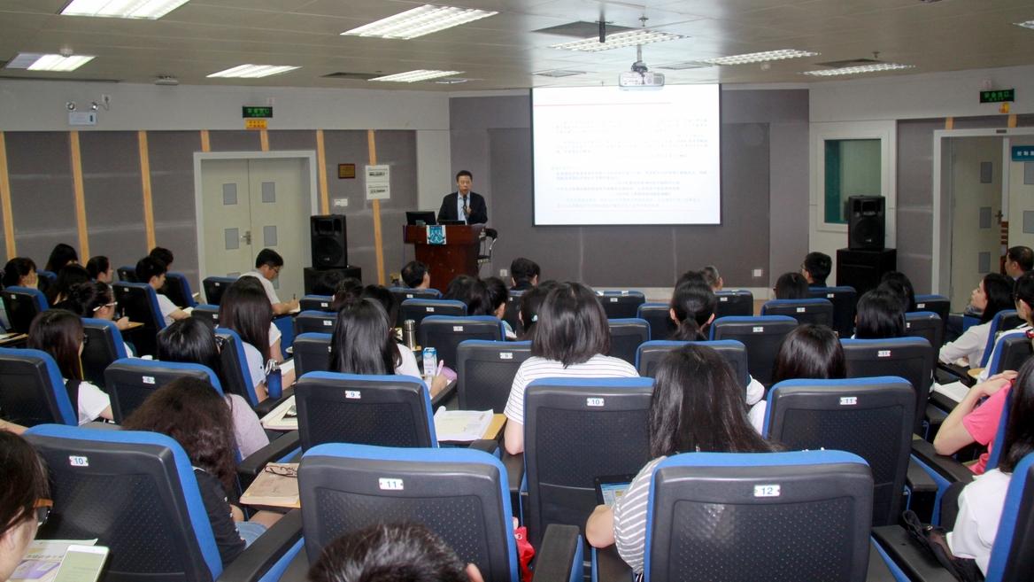 中国产学研合作促进会执行副会长王建华受聘为我院客座教授